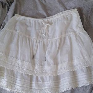 Off white lace bottom American eagle cotton skirt